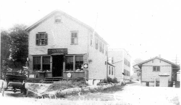 Georgiaville Train Station (alternate view) - Train station is on the right.  The building on the left is at the intersection of Whipple Ave and Stillwater Rd.  (In recent years the building has been home to St. Onge's Market and Peter's Cavatelli.)