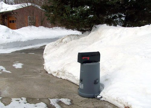 Has your mailbox been damaged by a Town snow plow?
