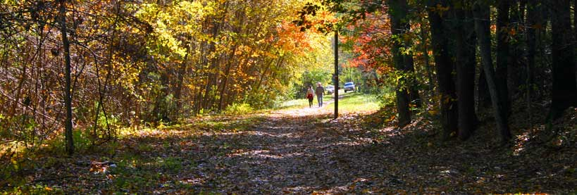 Walking along the Stillwater Scenic Trail